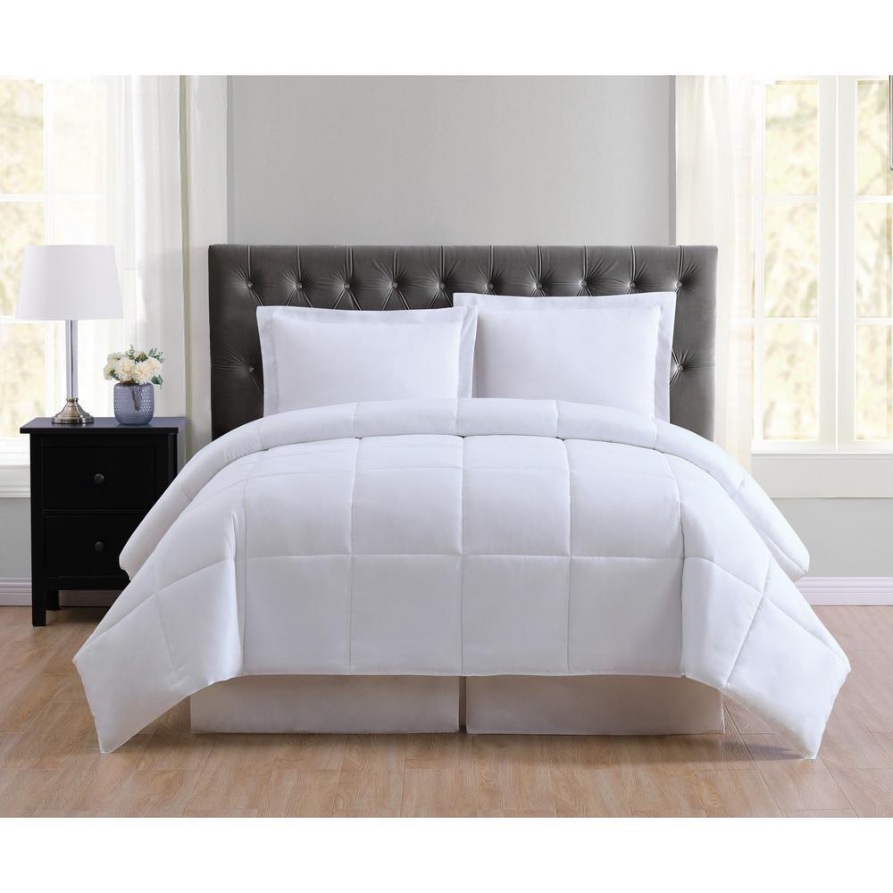 Everyday White Reversible King Comforter Set