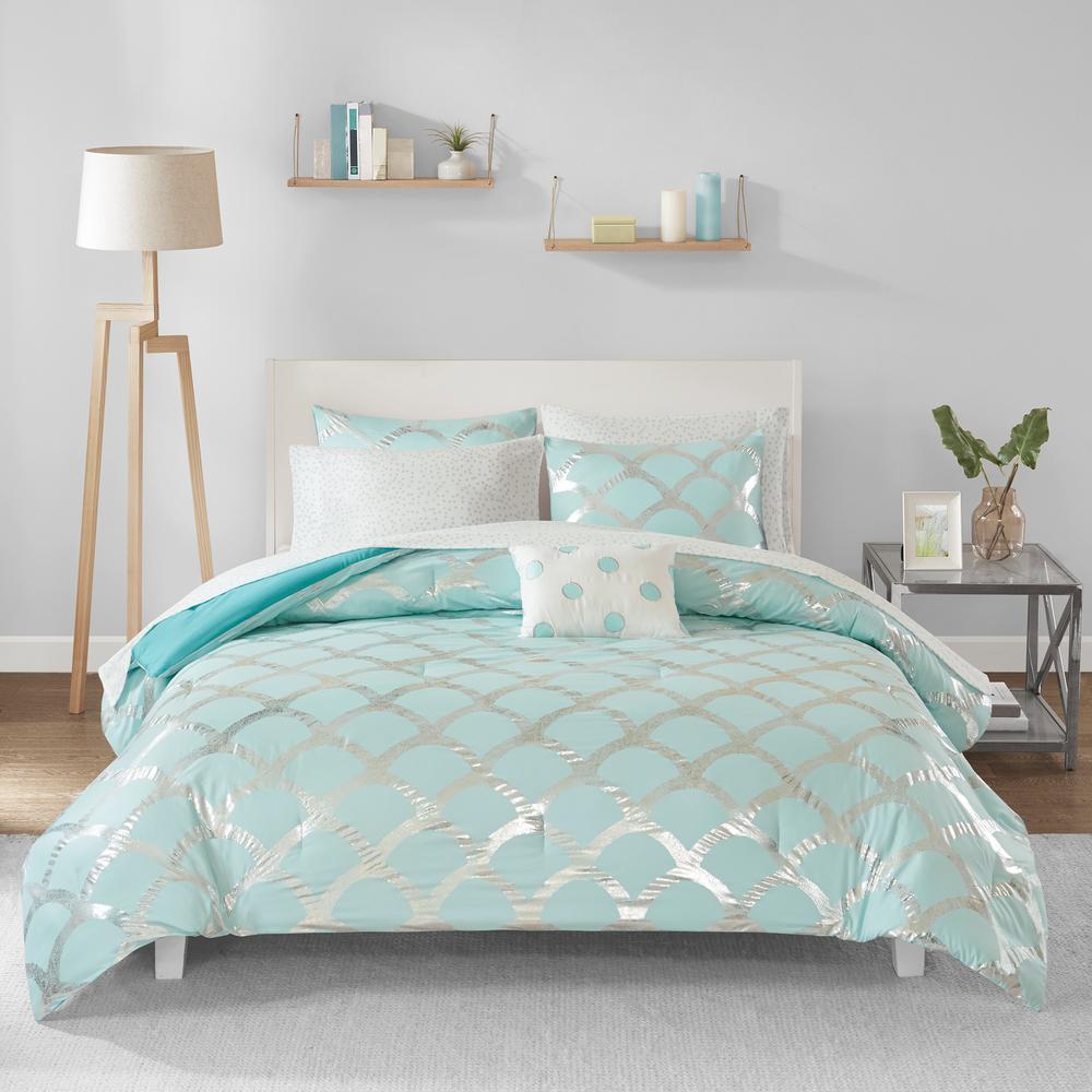 Intelligent Design Kaylee 8 Piece Aqua Queen Comforter Set Id10 1575 The Home Depot