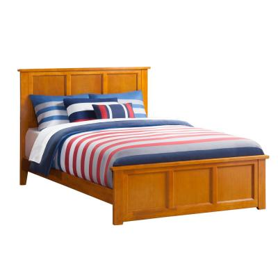 Madison Caramel Full Traditional Bed with Matching Foot Board