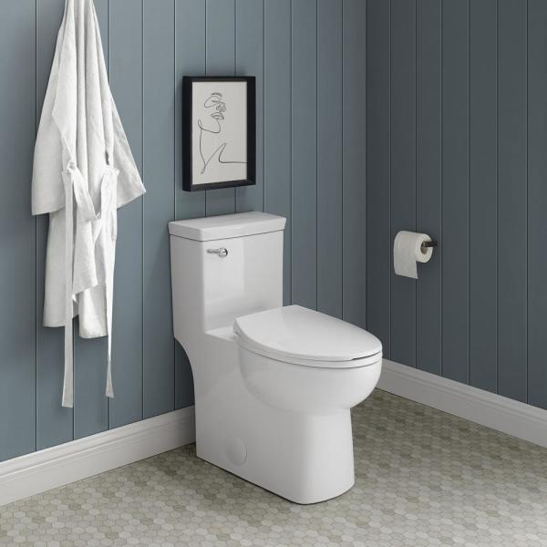 Swiss Madison Classe 1 Piece 1 28 Gpf Single Flush Handle Elongated Toilet In White Seat Included Sm 1t116 The Home Depot