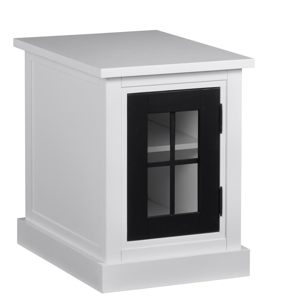 Progressive Furniture Habitat Snow/Black Chairside Table