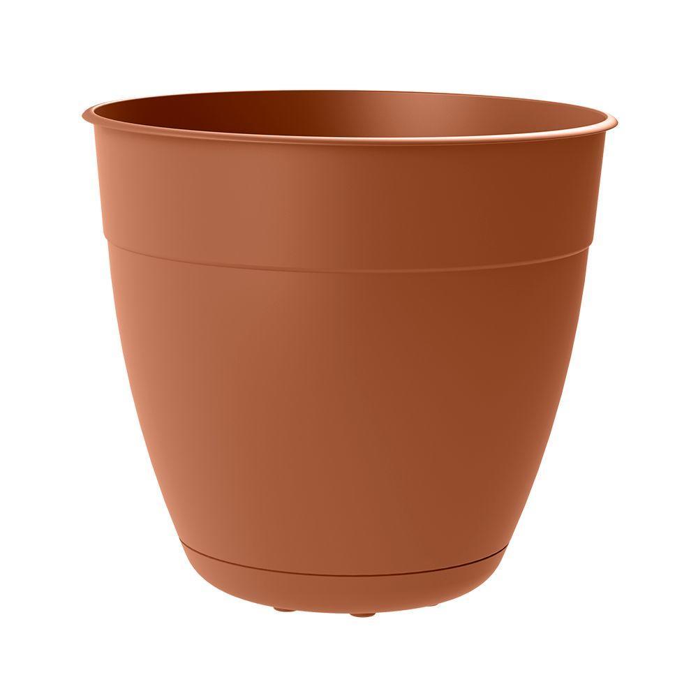 Dayton 6 in. Dia Clay Plastic Planter