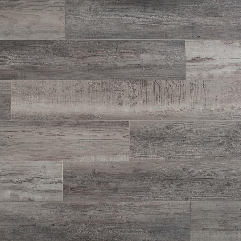 Emmen Pine 12mm Thick Laminate Flooring 14 33 Sq Ft