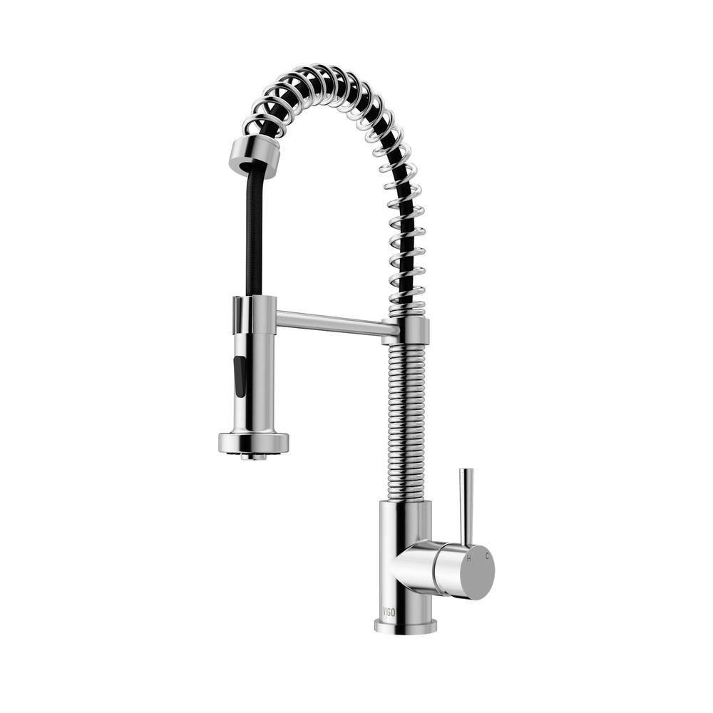 VIGO Single Handle Pull Out Sprayer Kitchen Faucet In Chrome
