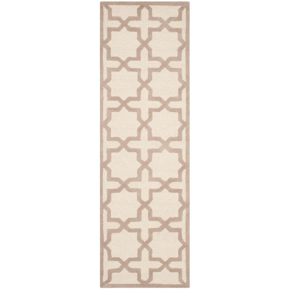 Cambridge Ivory/Beige 2 ft. 6 in. x 8 ft. Runner