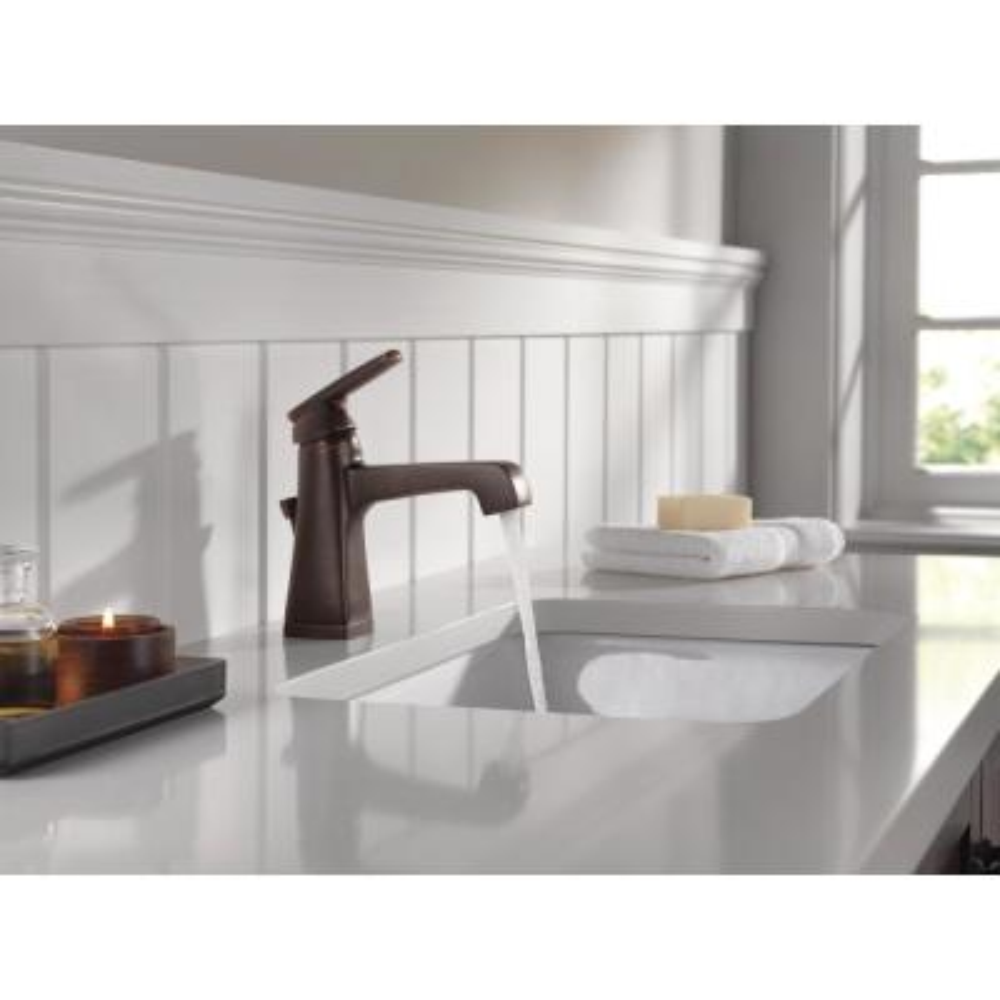 Ashlyn Single Hole Single-Handle Bathroom Faucet with Metal Drain Assembly in Venetian Bronze