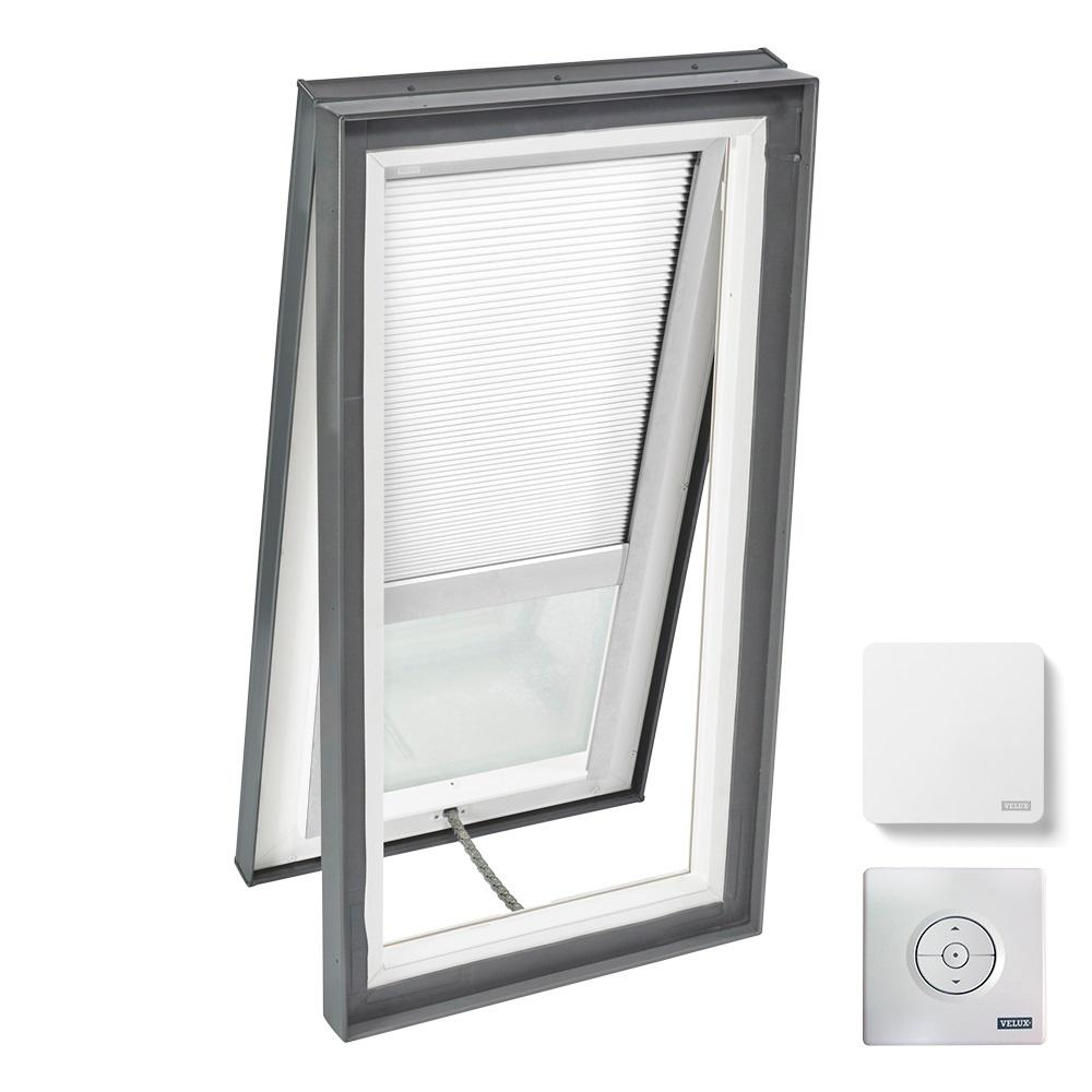 VELUX 22-1/2 in. x 46-1/2 in. Venting Curb Mount Skylight w/ Tempered Low-E3 Glass & White Solar Powered Light Filtering Blind