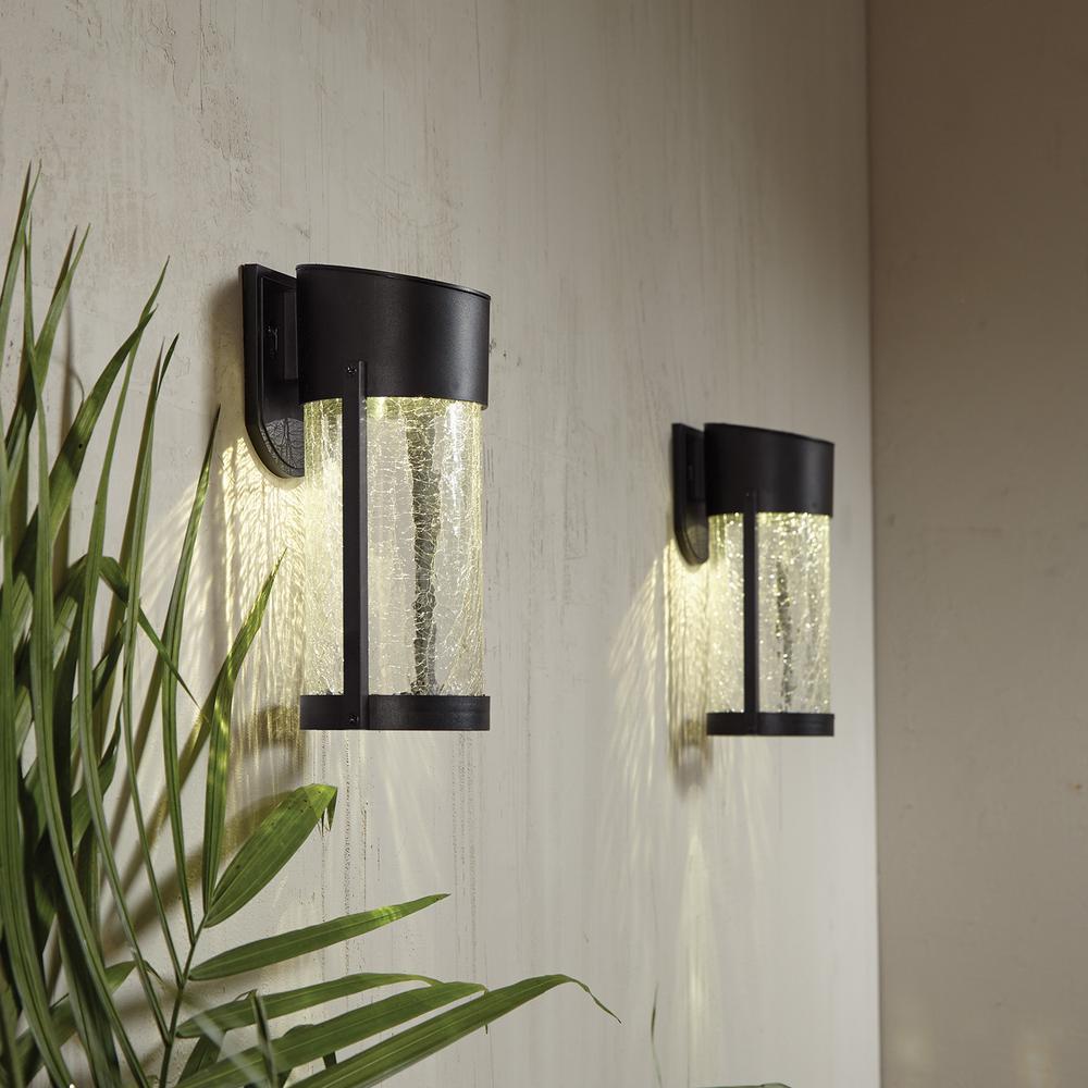 Hampton Bay 2 Light Black Solar Led Outdoor Wall Lantern With Glass Hd41250 The Home Depot