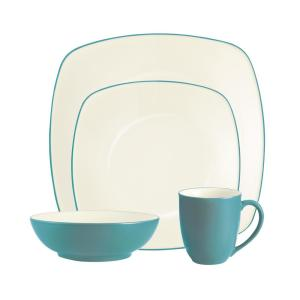 Colorwave 4-Piece Turquoise Square Dinnerware Set