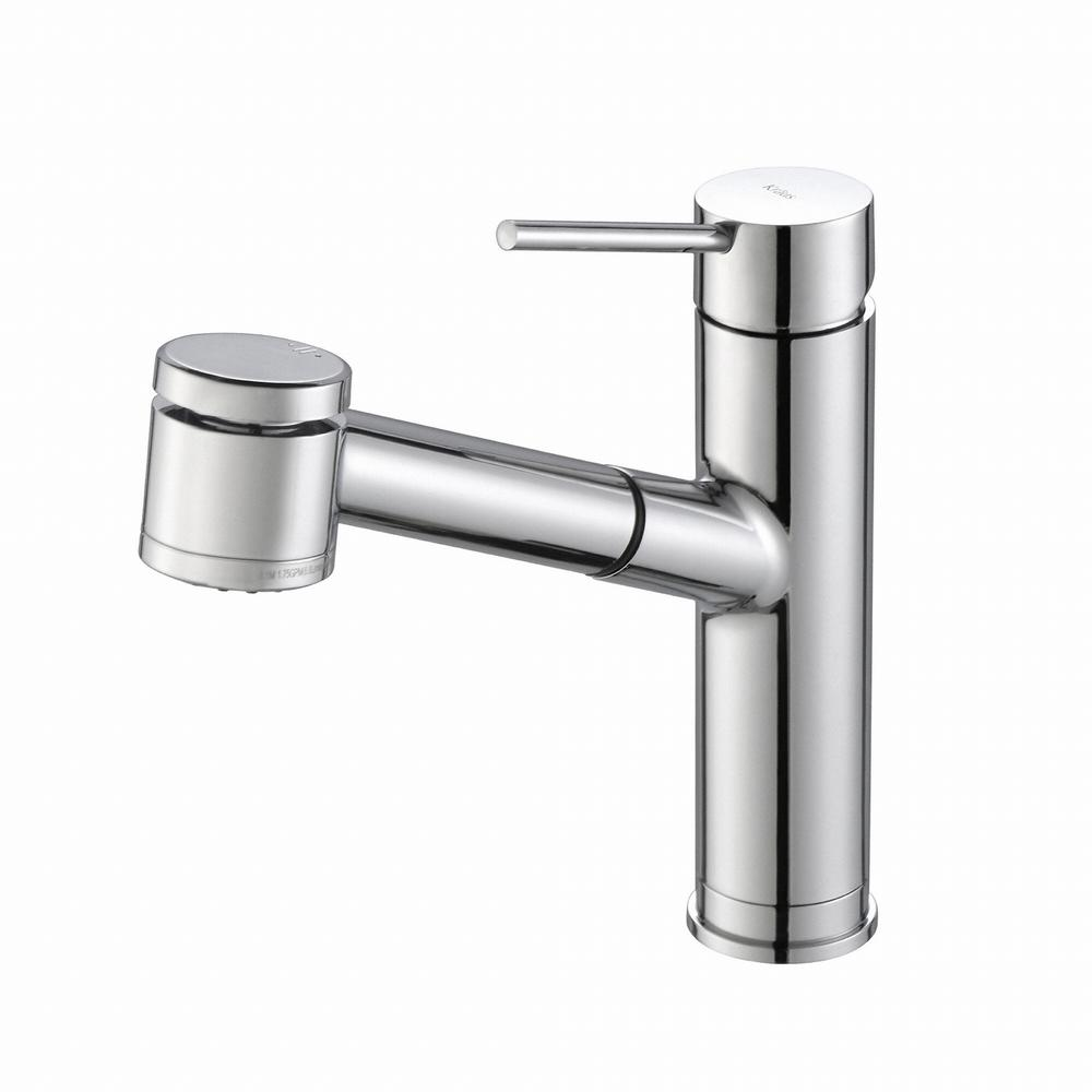 Oletto Single-Handle Pull-Out Sprayer Kitchen Faucet in Chrome with