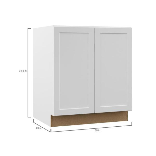 Hampton Bay Designer Series Melvern Assembled 30x34 5x23 75 In Full Height Door Base Kitchen Cabinet In White Bf30 Mlwh The Home Depot