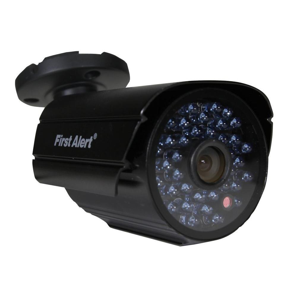 Wired 700 TVL Indoor/Outdoor Security Surveillance Camera