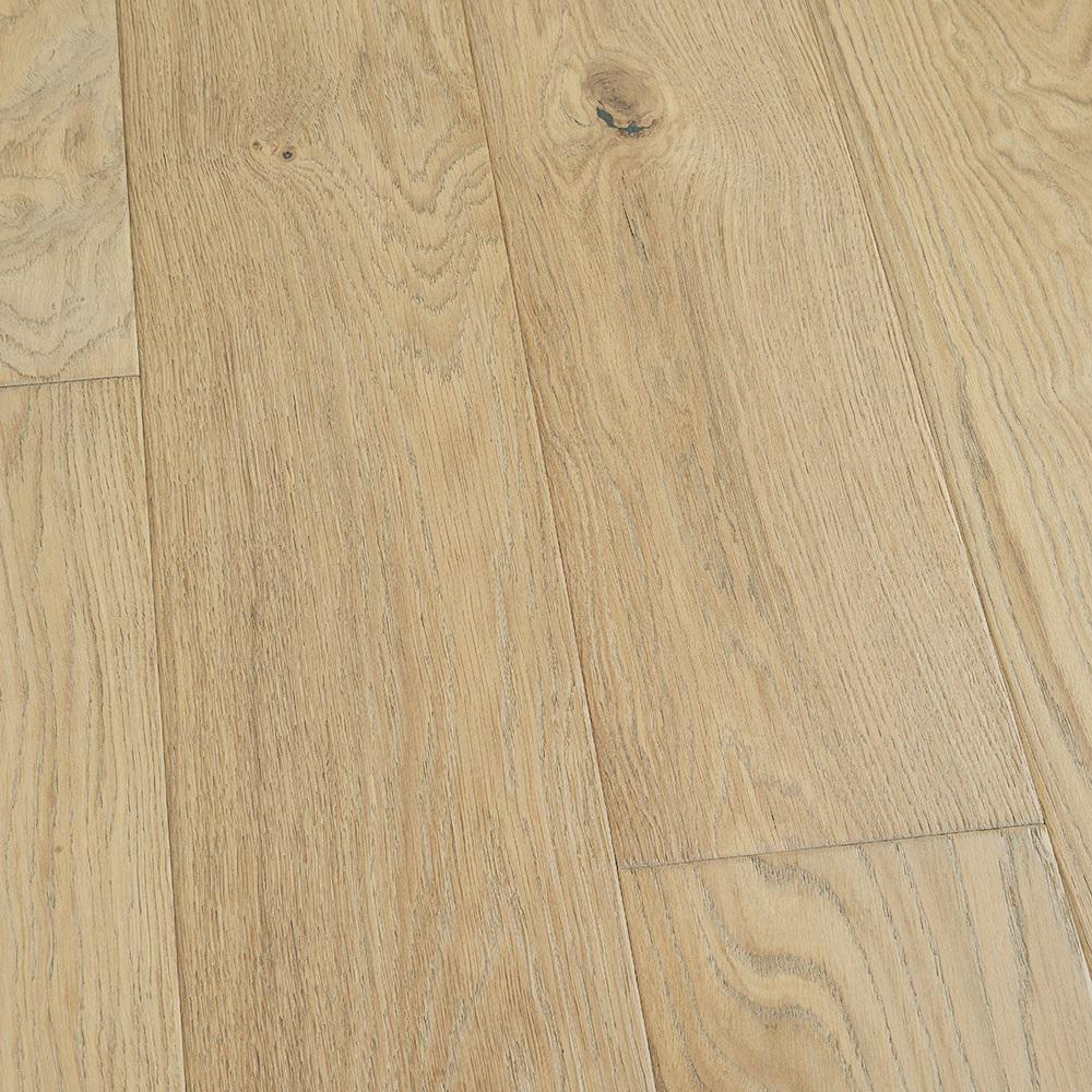Malibu Wide Plank Take Home Sample French Oak Mavericks Click Lock Hardwood Flooring 5 In. X 7 In.