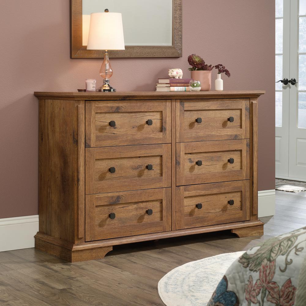 Vaisselier En Chene: SAUDER New Grange 6-Drawer Vintage Oak Dresser 423705