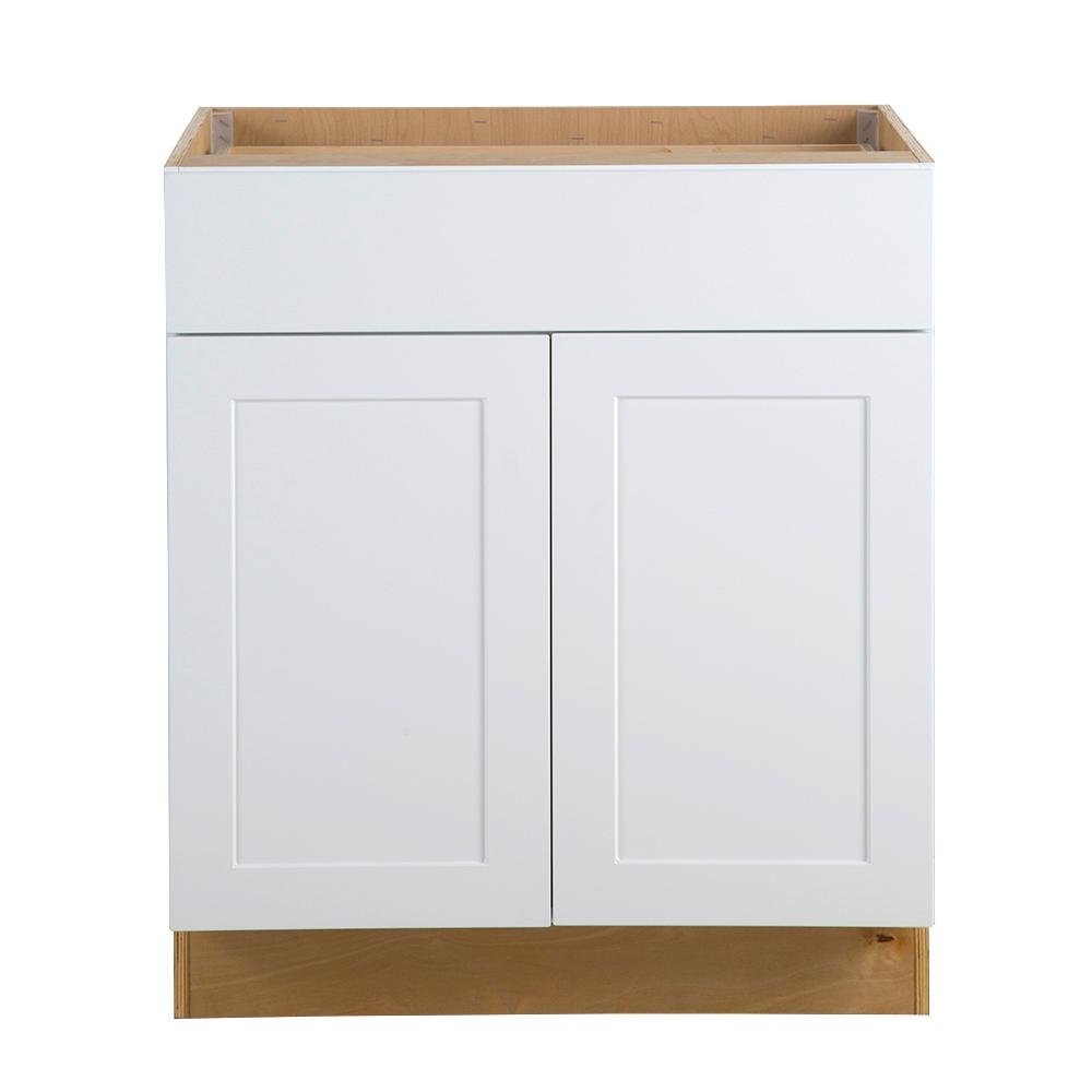 Hampton bay cambridge assembled in all for All plywood kitchen cabinets