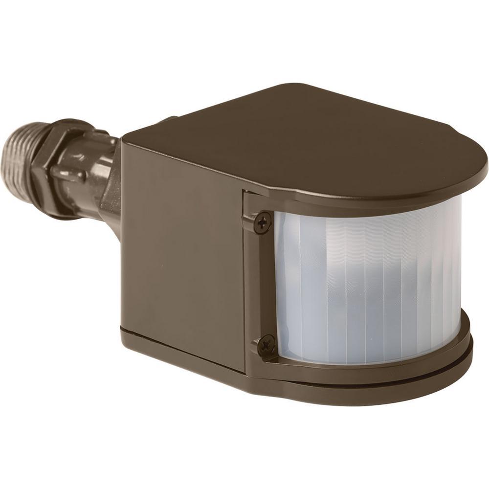 Motion Sensing Outdoor Security Lights: Defiant 180 Degree White LED Motion Outdoor Security Light