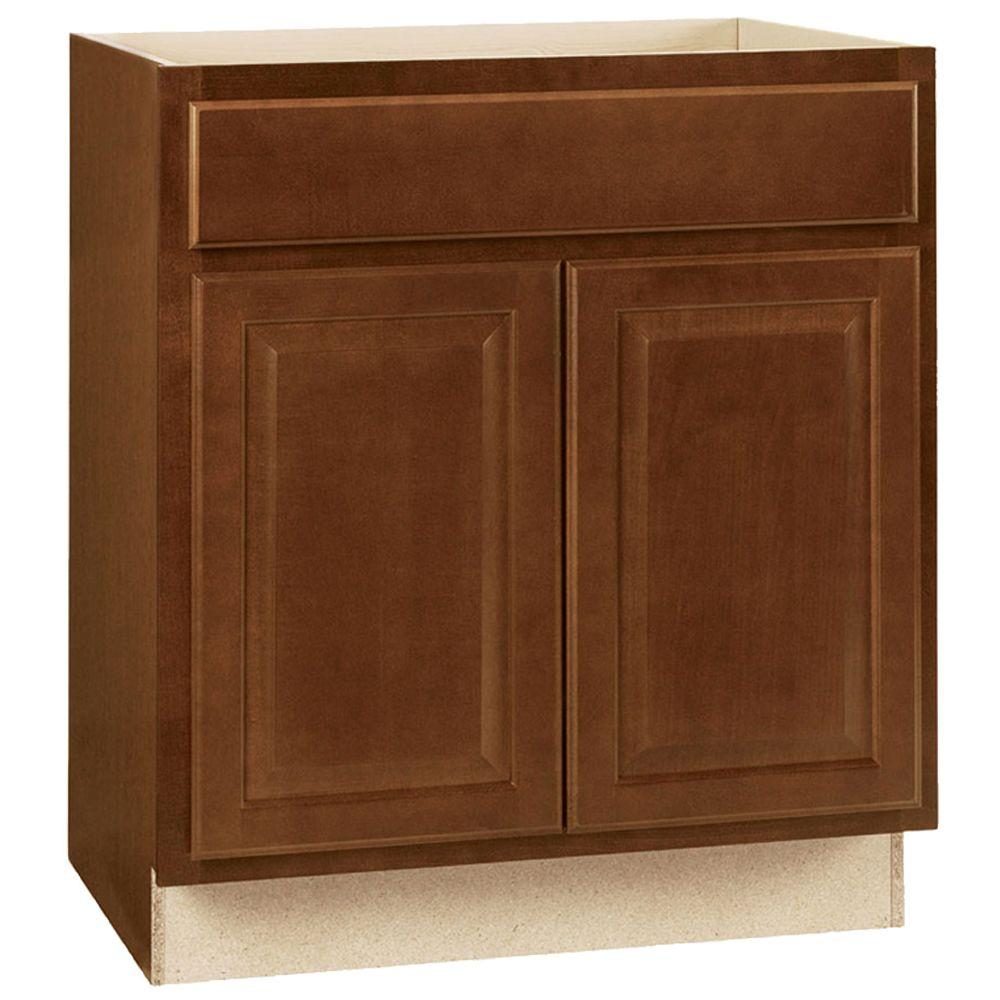 Hampton bay hampton assembled in base kitchen for Kitchen cabinets 30 x 24