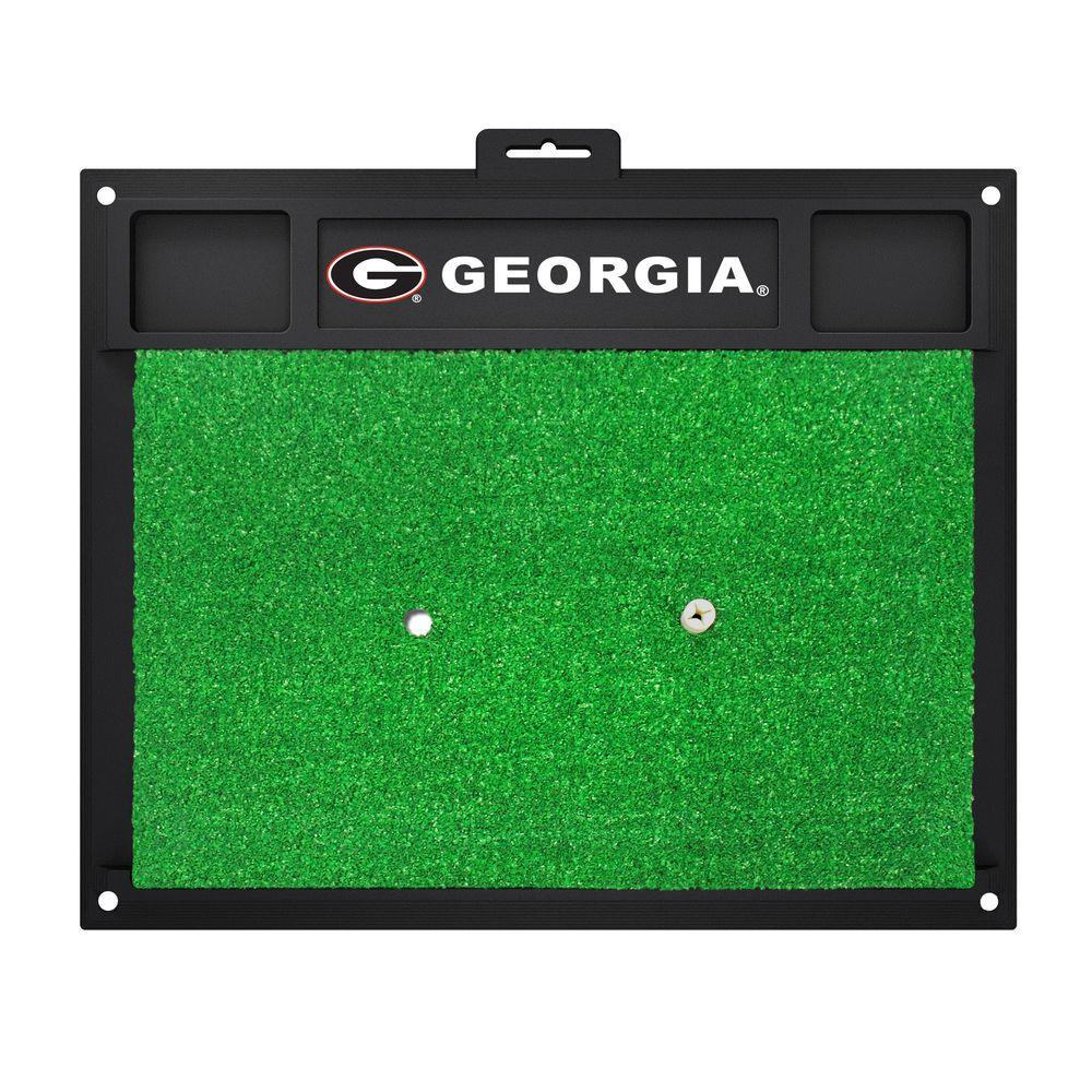NCAA University of Georgia 17 in. x 20 in. Golf Hitting