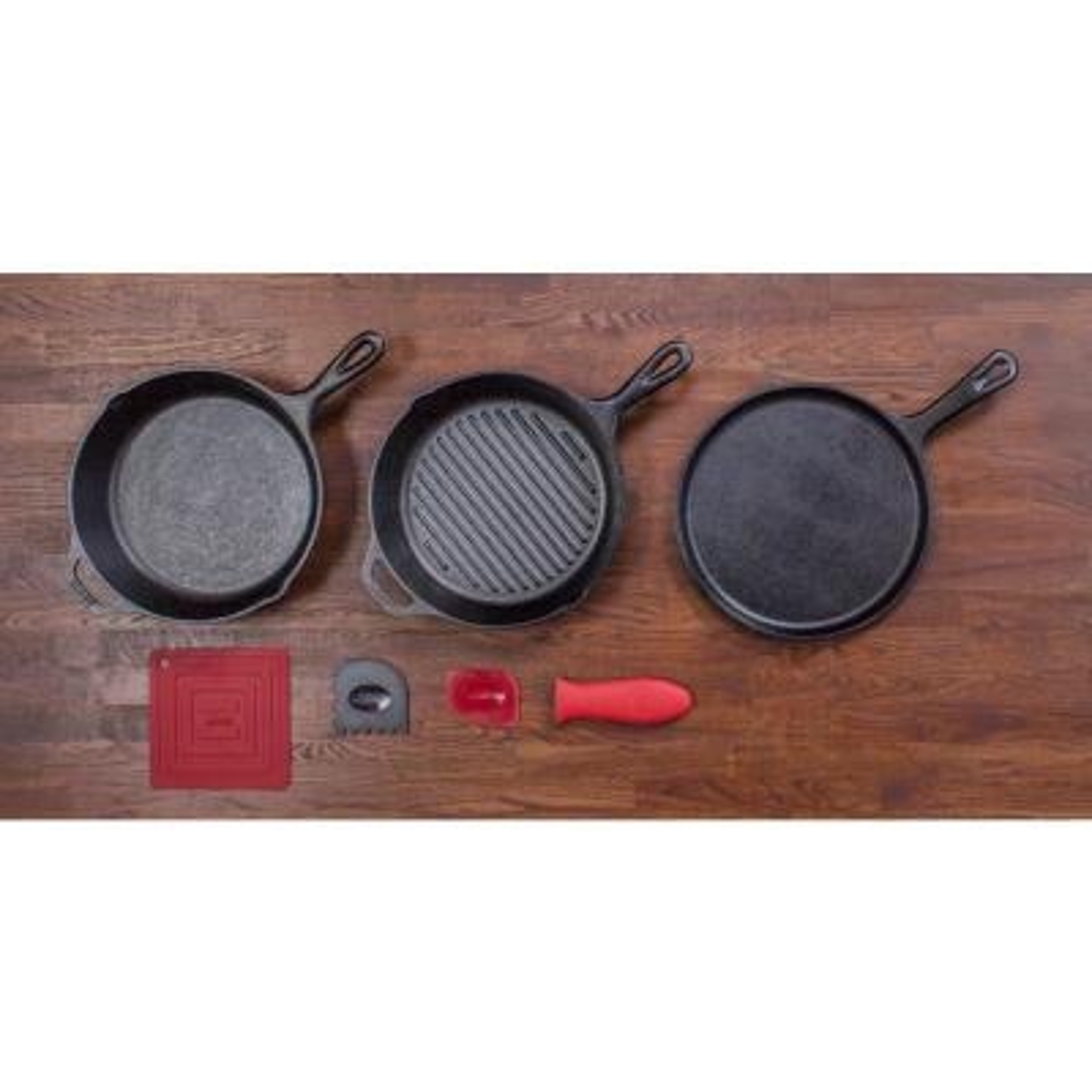 7-Piece Seasoned Cast Iron Cookware Set