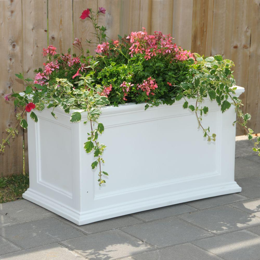 Mayne fairfield 36 in x 20 in white plastic planter 5826w the white plastic planter workwithnaturefo