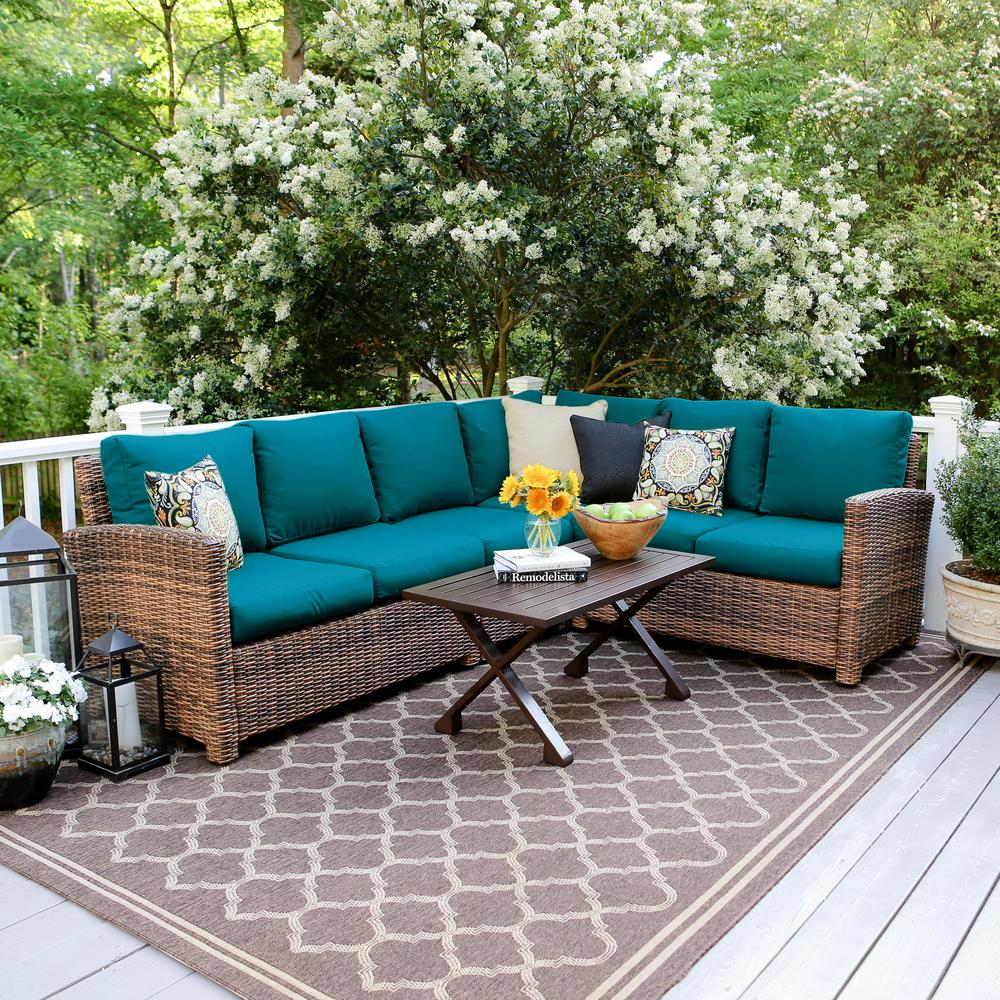 Dalton 5-Piece Wicker Outdoor Sectional Set with Peacock Cushions