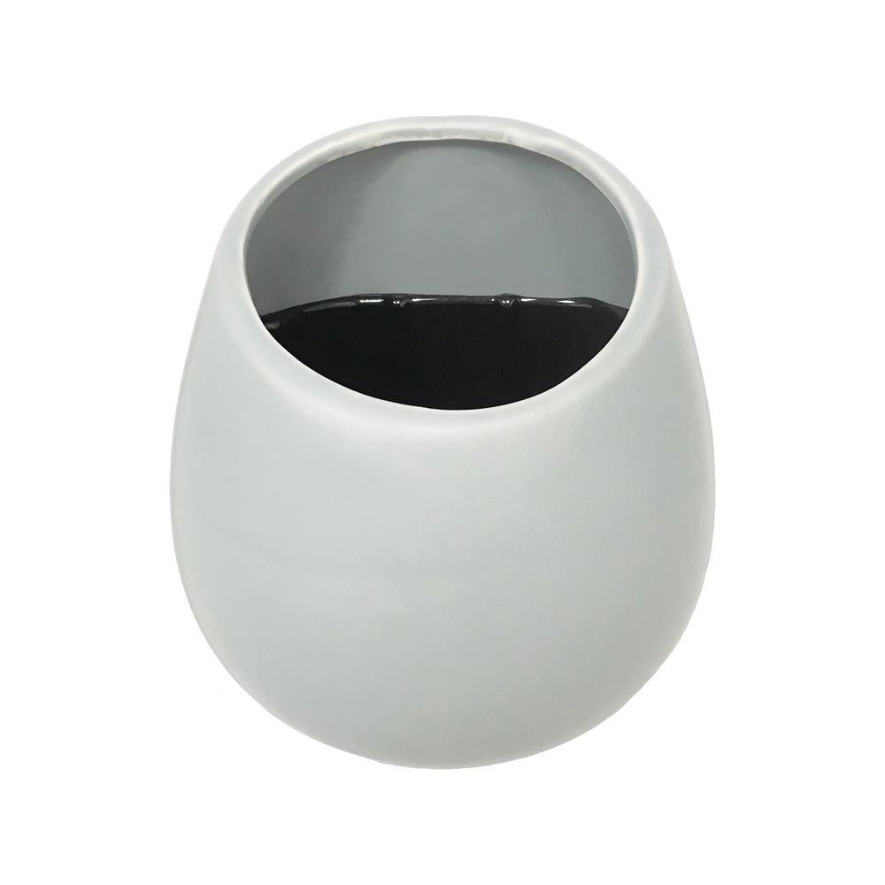 Round 3 1/2 in. x 4 in. White Ceramic Wall Planter
