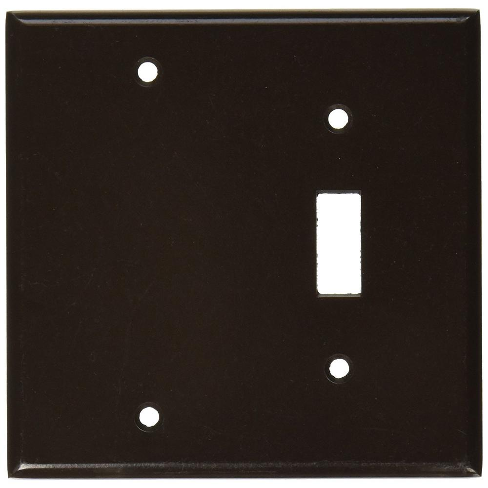 2-Gang Standard Size 1-Toggle 1 No-Device Blank Plastic Combination Wallplate,