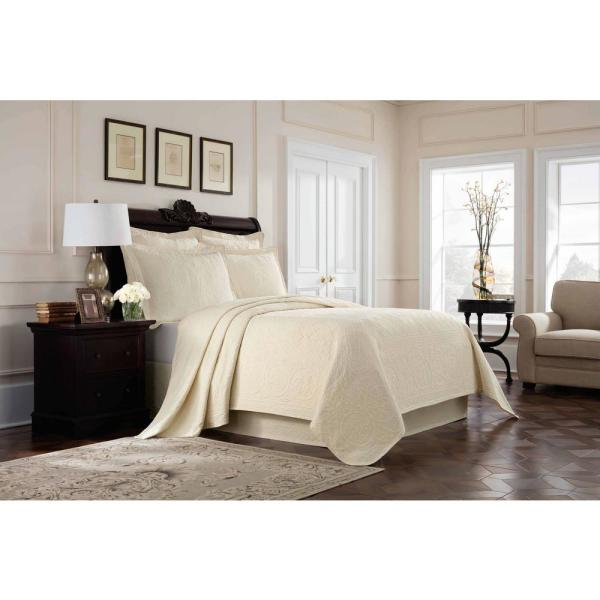 Royal Heritage Home Williamsburg Richmond Ivory Queen Coverlet 048975017845