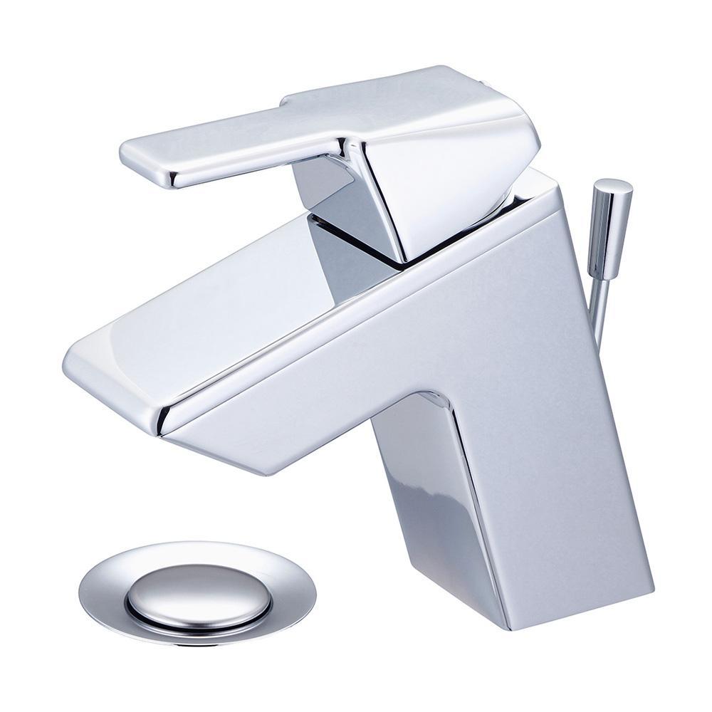 i3 Single Hole Single-Handle Bathroom Faucet in Polished Chrome