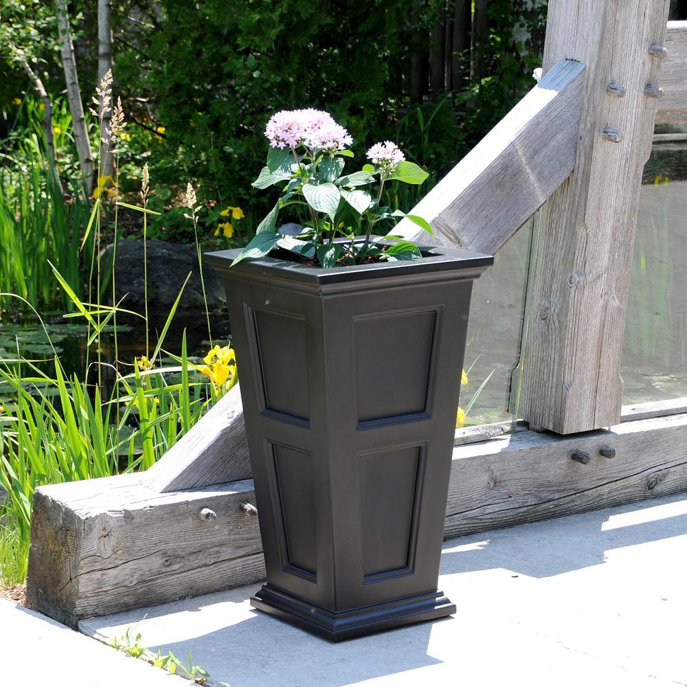 Fairfield 16 in. Square Black Plastic Column Planter