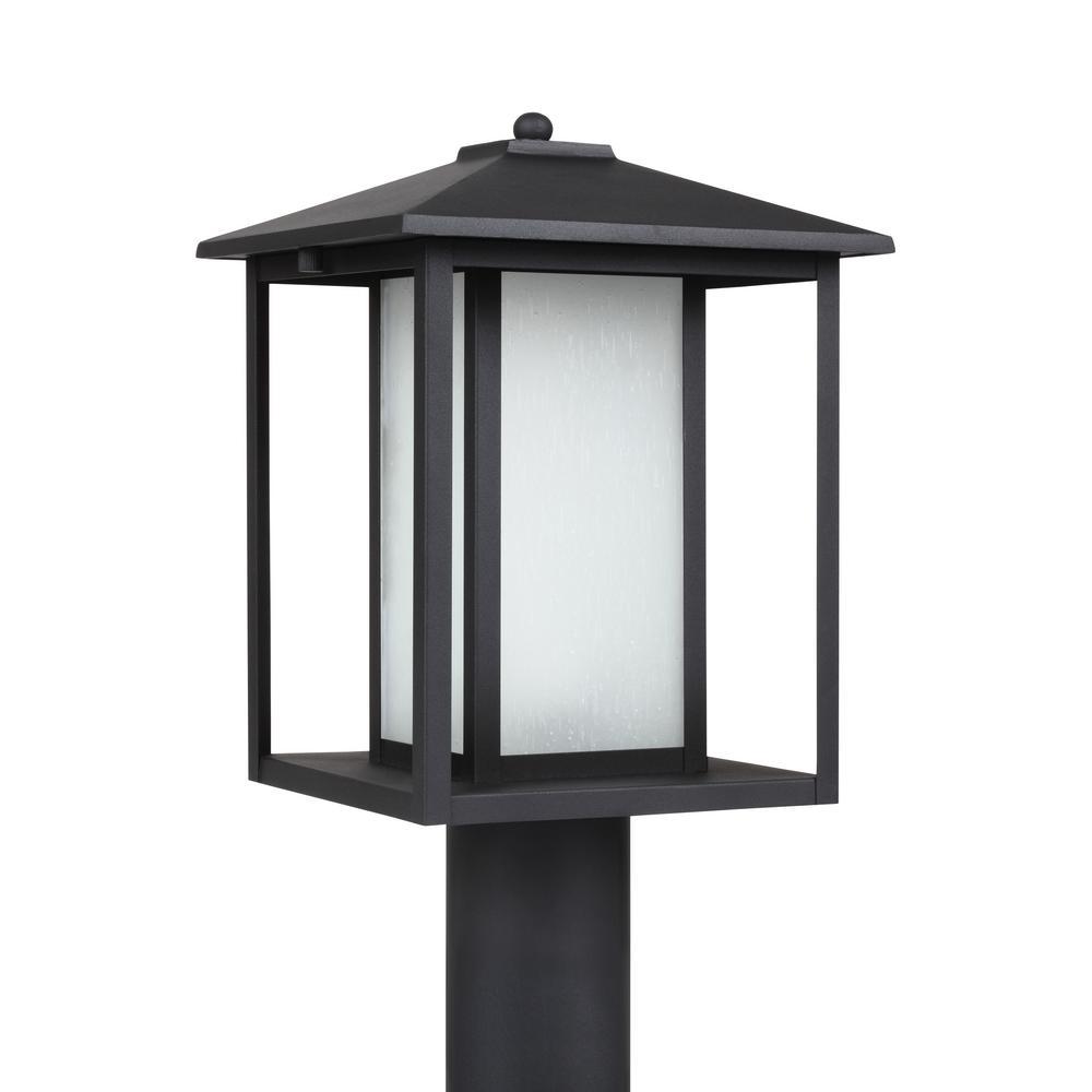 Hunnington 1-Light Outdoor Black Post Light