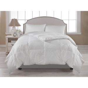 White Full and Queen Lightweight Comforter by
