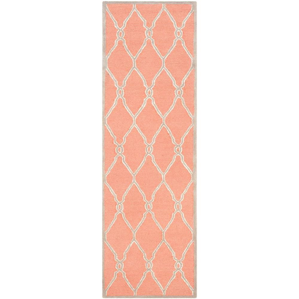 Cambridge Coral/Ivory 2 ft. 6 in. x 8 ft. Runner
