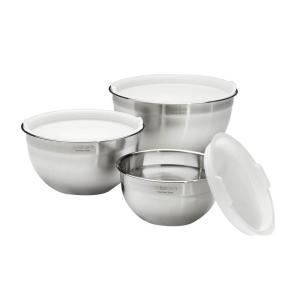 Click here to buy Cuisinart 3-Piece Stainless Steel Mixing Bowl Set with Lids by Cuisinart.