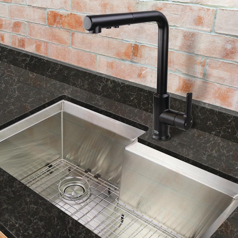 Sloane Single-Handle Pull-Down Sprayer Kitchen Faucet in Matte Black