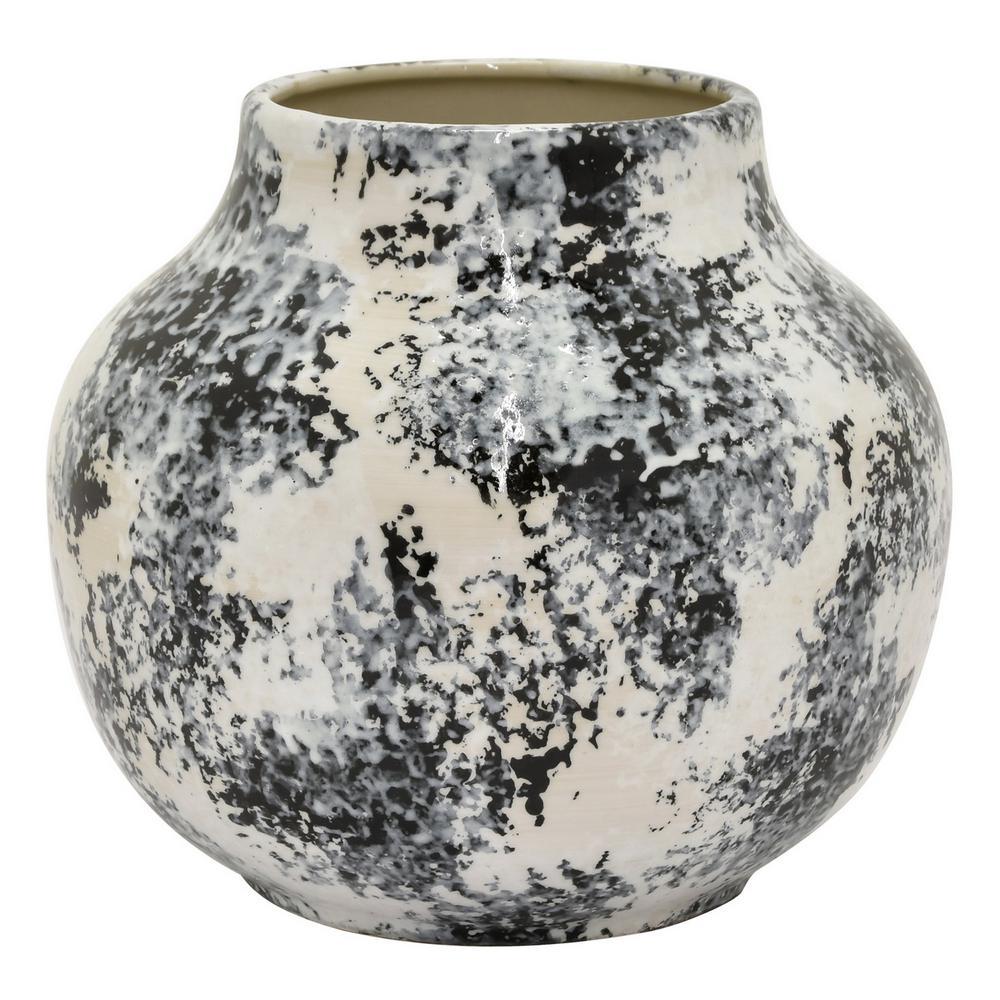 8.25 in. Black Ceramic Vase