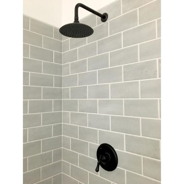 Kingston Brass 1 Spray 7 8 In Single Wall Mount Fixed Rain Shower Head In Oil Rubbed Bronze Hk136a5ck The Home Depot