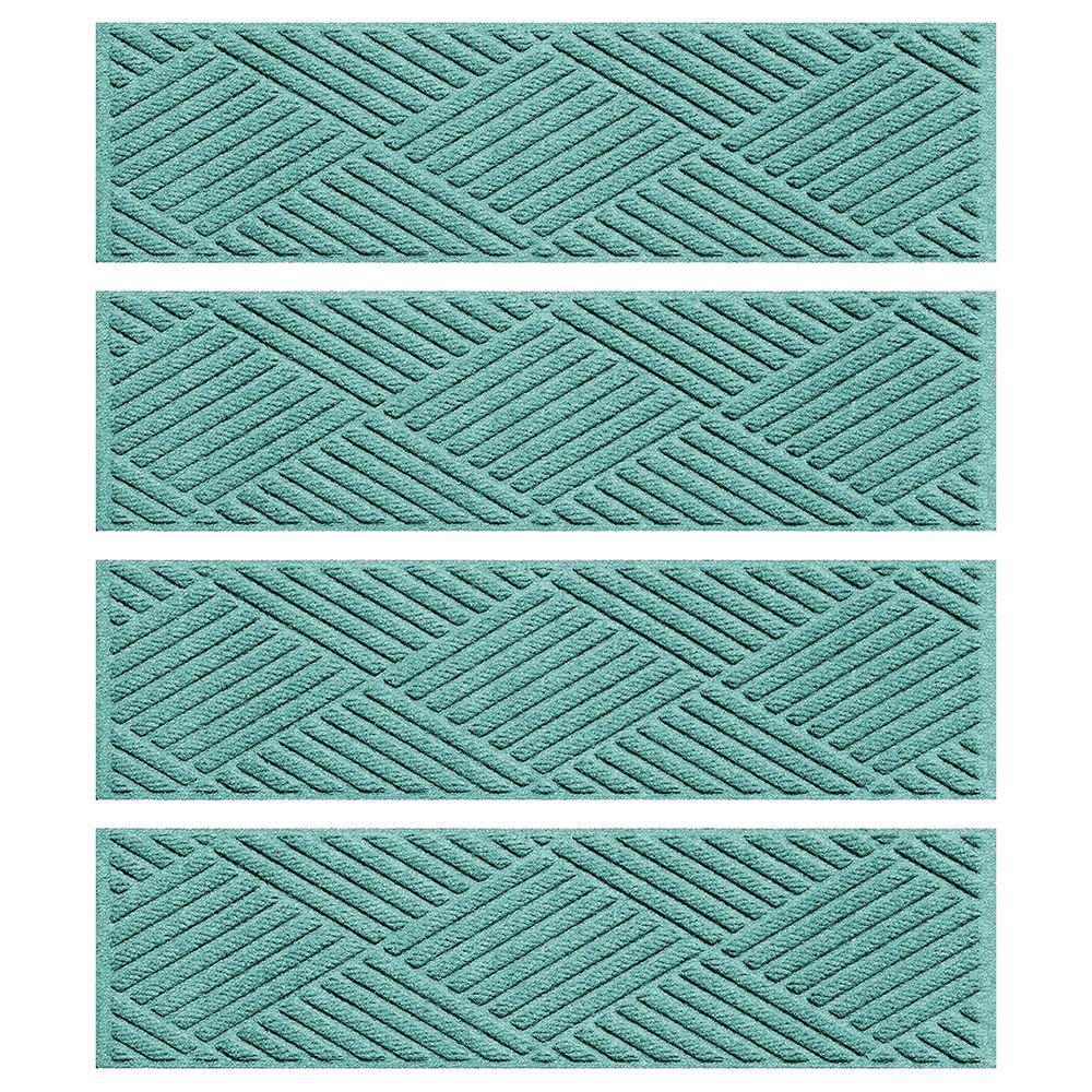 Aquamarine 8.5 in. x 30 in. Diamonds Stair Tread (Set of 4)