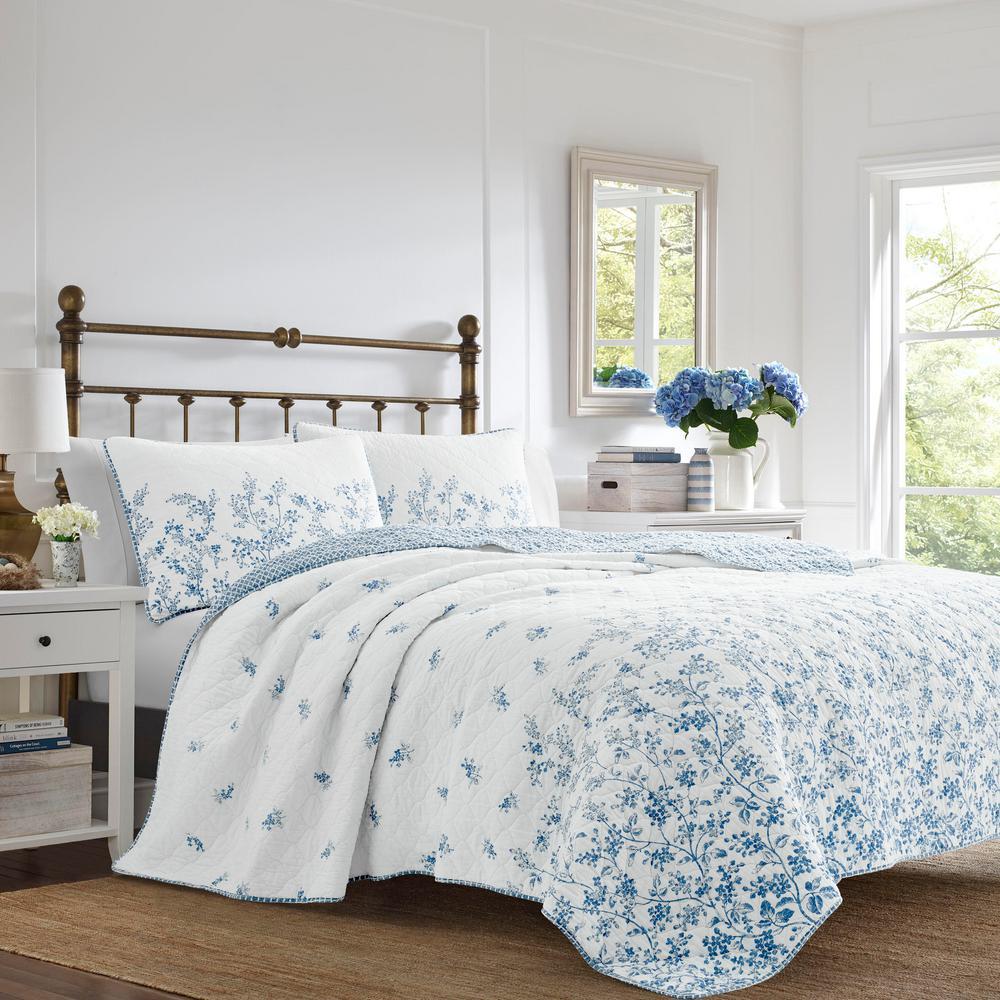 Flora 3-Piece Blue Floral Cotton Full/Queen Quilt Set
