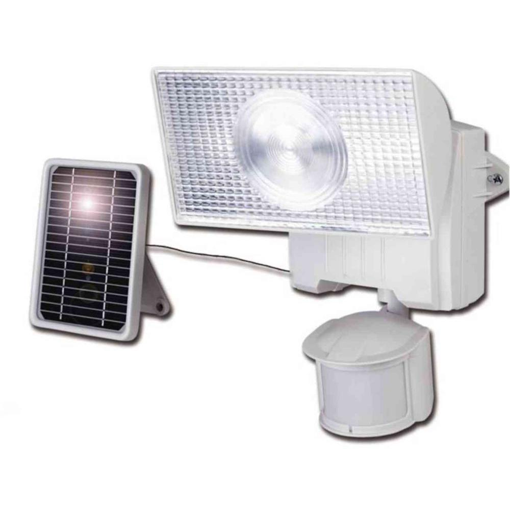 Cooper Lighting 180 Degree Outdoor Motion Activated Solar Powered White Floodlight