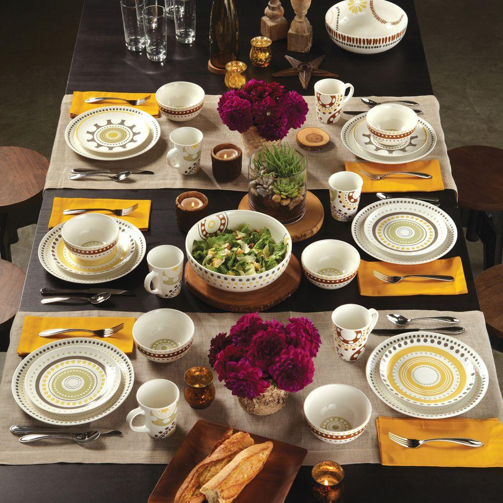Rachael Ray Circles and Dots Stoneware 16-Piece Dinnerware Set
