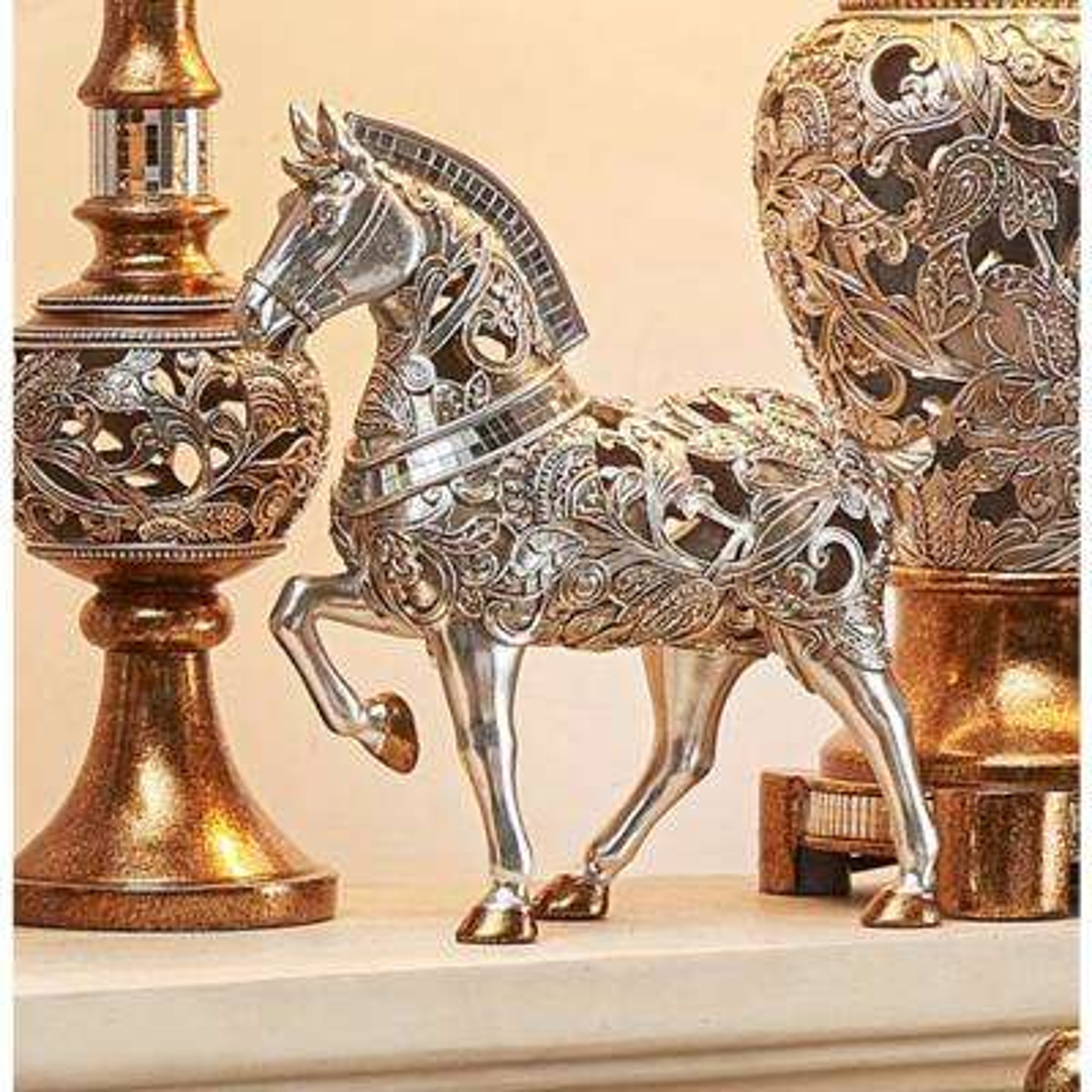 Langi Polyresin Rounded Decorative Trojan Horse