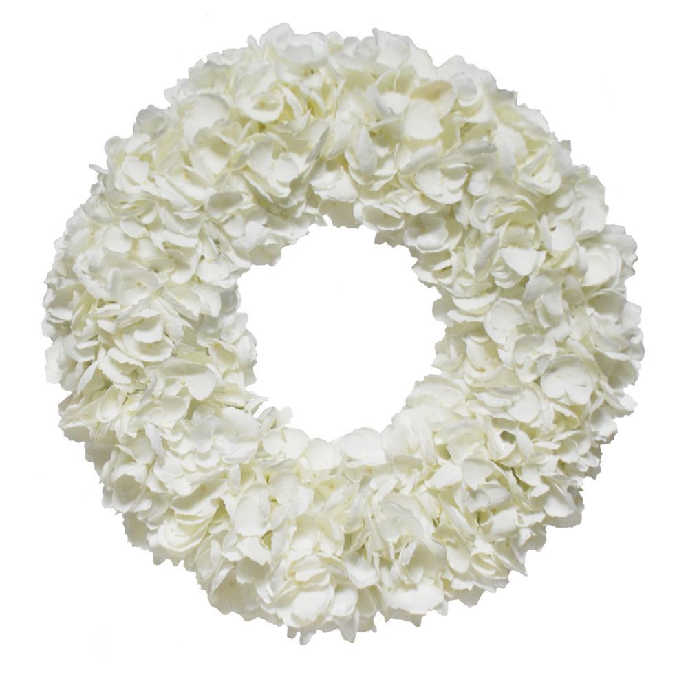 Dried 20 in. Hydrangea Wreath