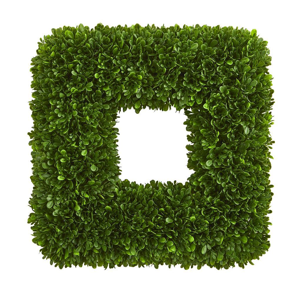 Indoor/Outdoor 17 in. Tea Leaf Square Wreath UV Resistant