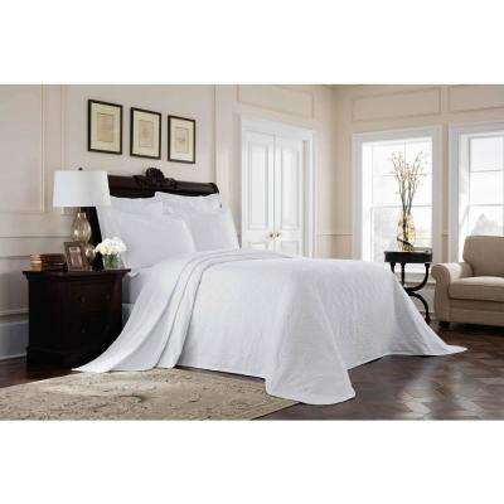 Williamsburg Richmond White Full Bedspread
