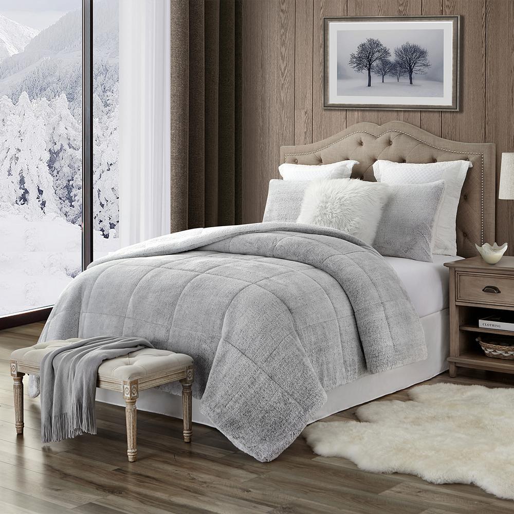 Premium Ultra-Soft 3-Piece Grey Faux Fur Reverse to Sherpa King/California King Comforter and Sham Set