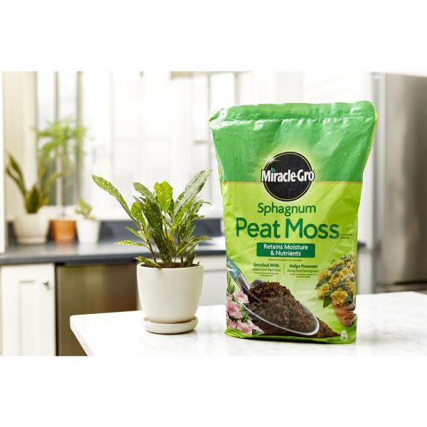 Miracle Gro Sphagnum Peat Moss 85278430 The Home Depot