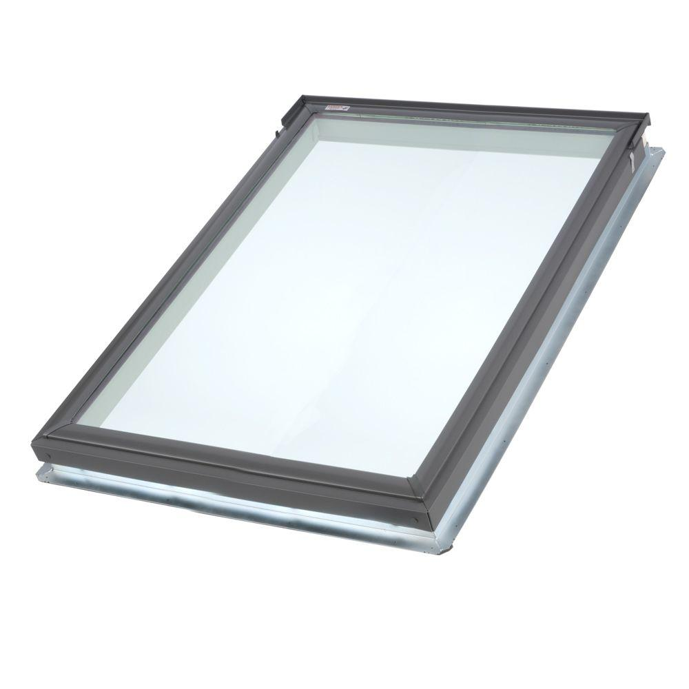 Velux 21 in x 26 7 8 in fixed deck mount skylight with for Velux glass