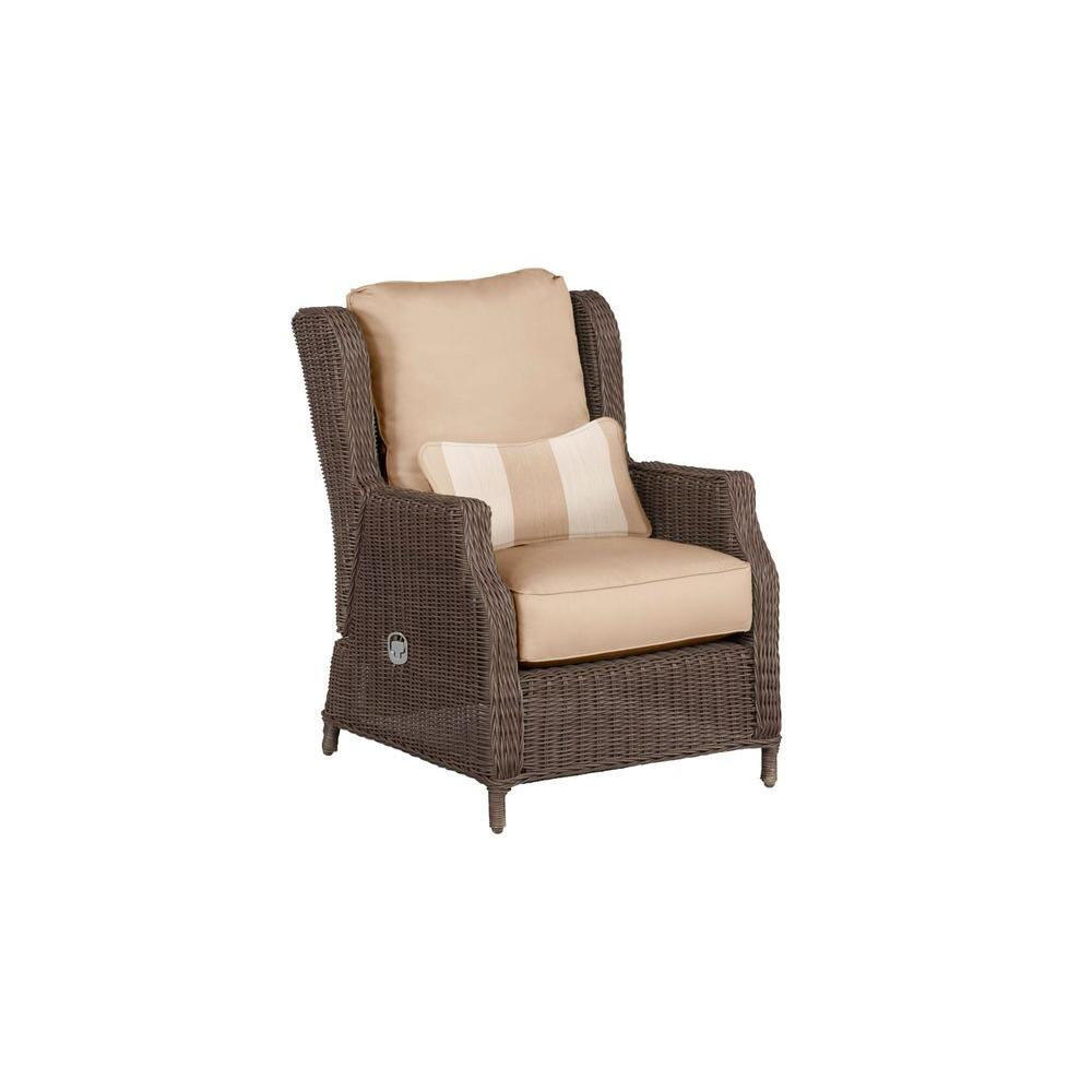 Vineyard Patio Motion Lounge Chair in Harvest with Regency Wren Lumbar