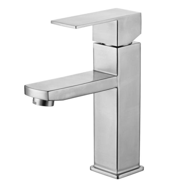 Luxurious Single Hole Single-Handle Bathroom Faucet in Brushed Nickel Finish